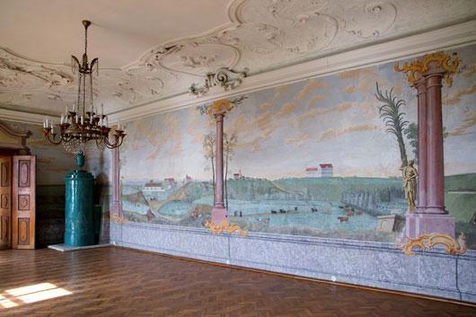 Wiederhergestellte Wandmalerei in einem Zimmer im 1. Stock des Haupttraktes des Schlosses Juliusburg, © Bwag/CC-BY-SA-4.0