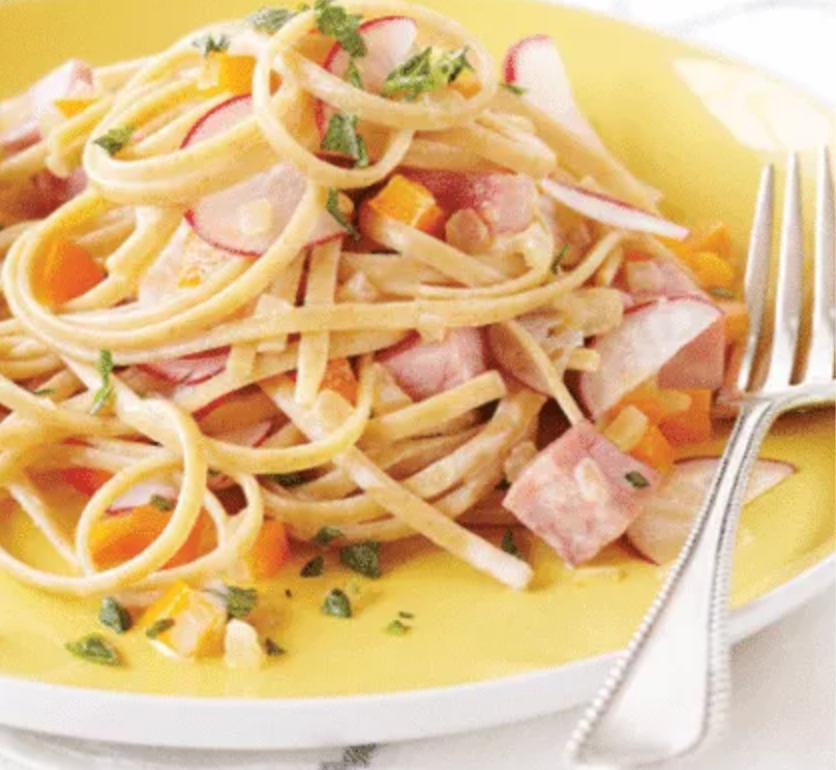 Carbonara with Bell Pepper, Ham & Radish