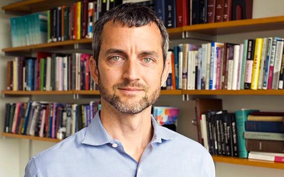 Stanford economist Matthew Gentzkow