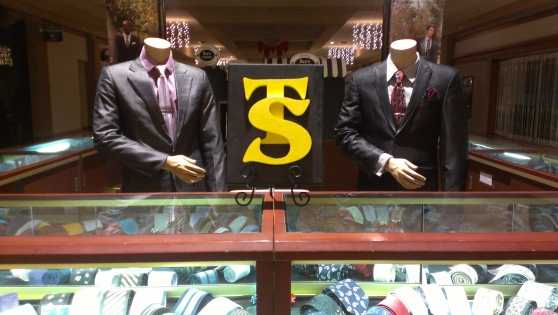 Tien Son Custom Tailored Suits: Experience the Difference of Custom Tailored