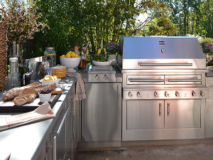 Get Your Outdoor Kitchen Ready for Spring