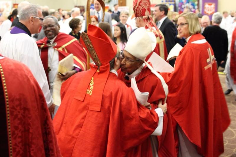 Bishop Duncan-Probe greets Bishop Harris