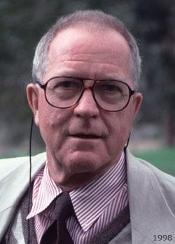 Dr Ian Brooker