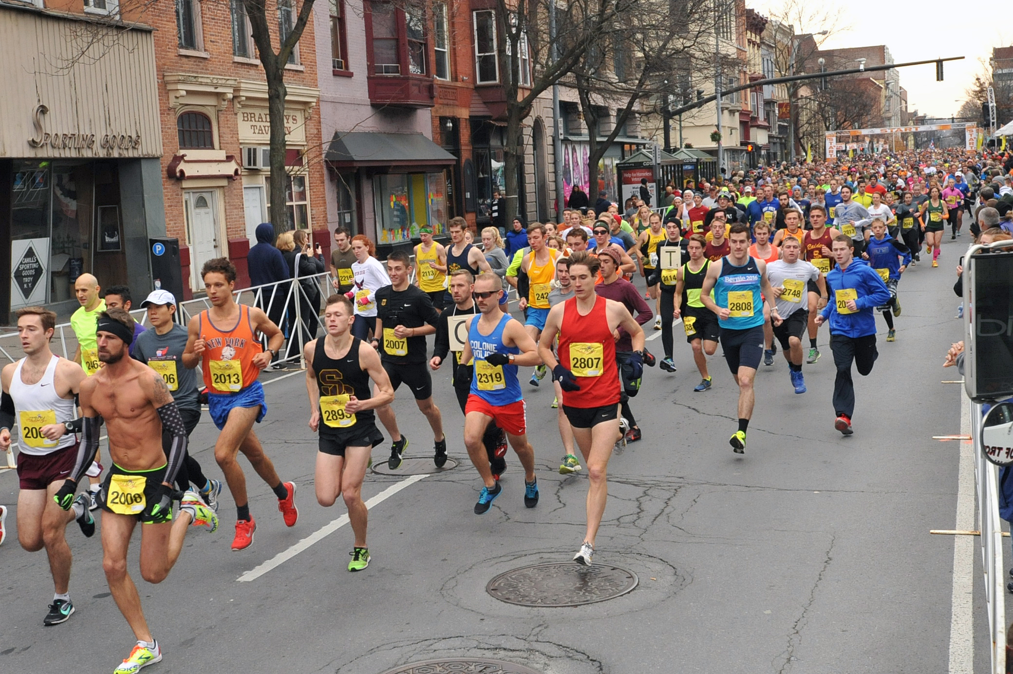 Start of the 5k at the 68th Troy Turkey Trot in Troy, NY. Photo by Pat Hendrick Photography