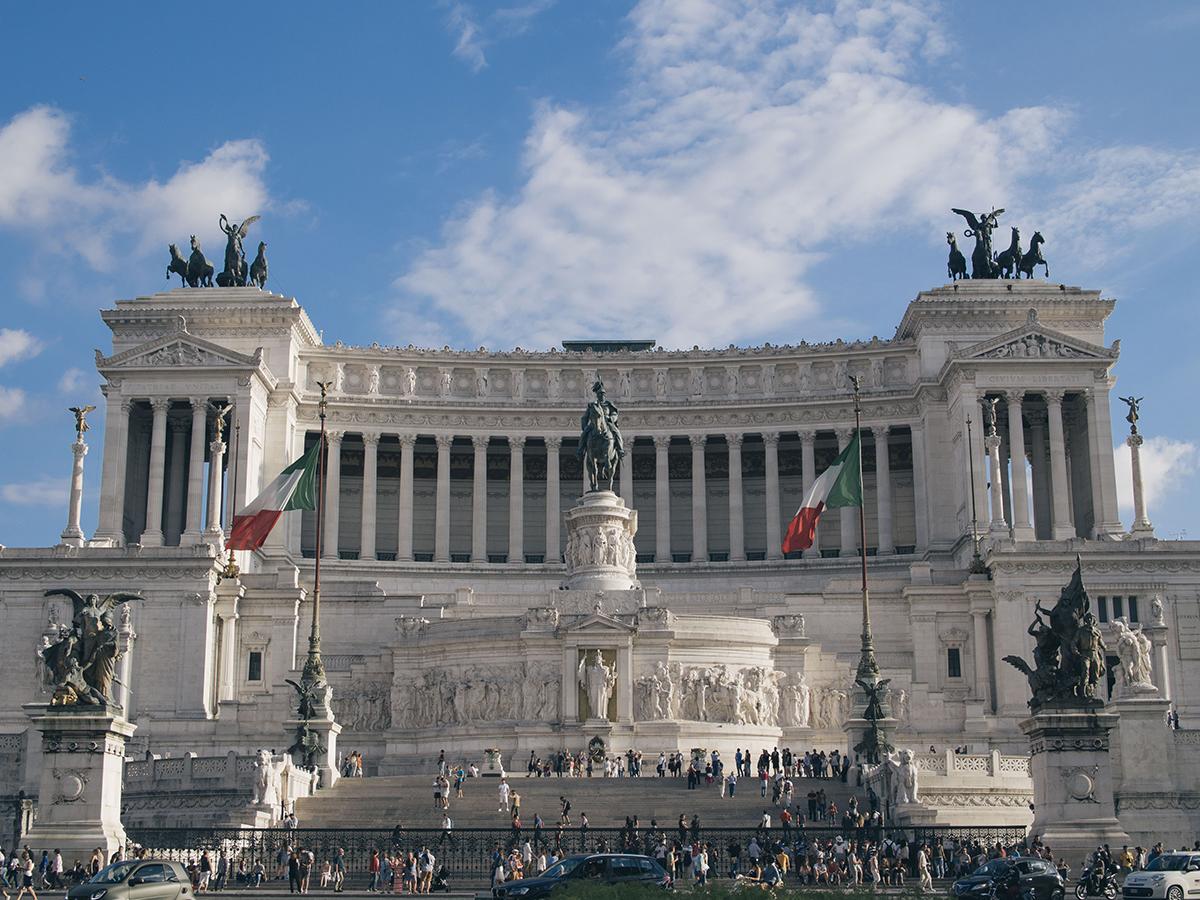 RAD AND HUNGRY: Altare della Patria