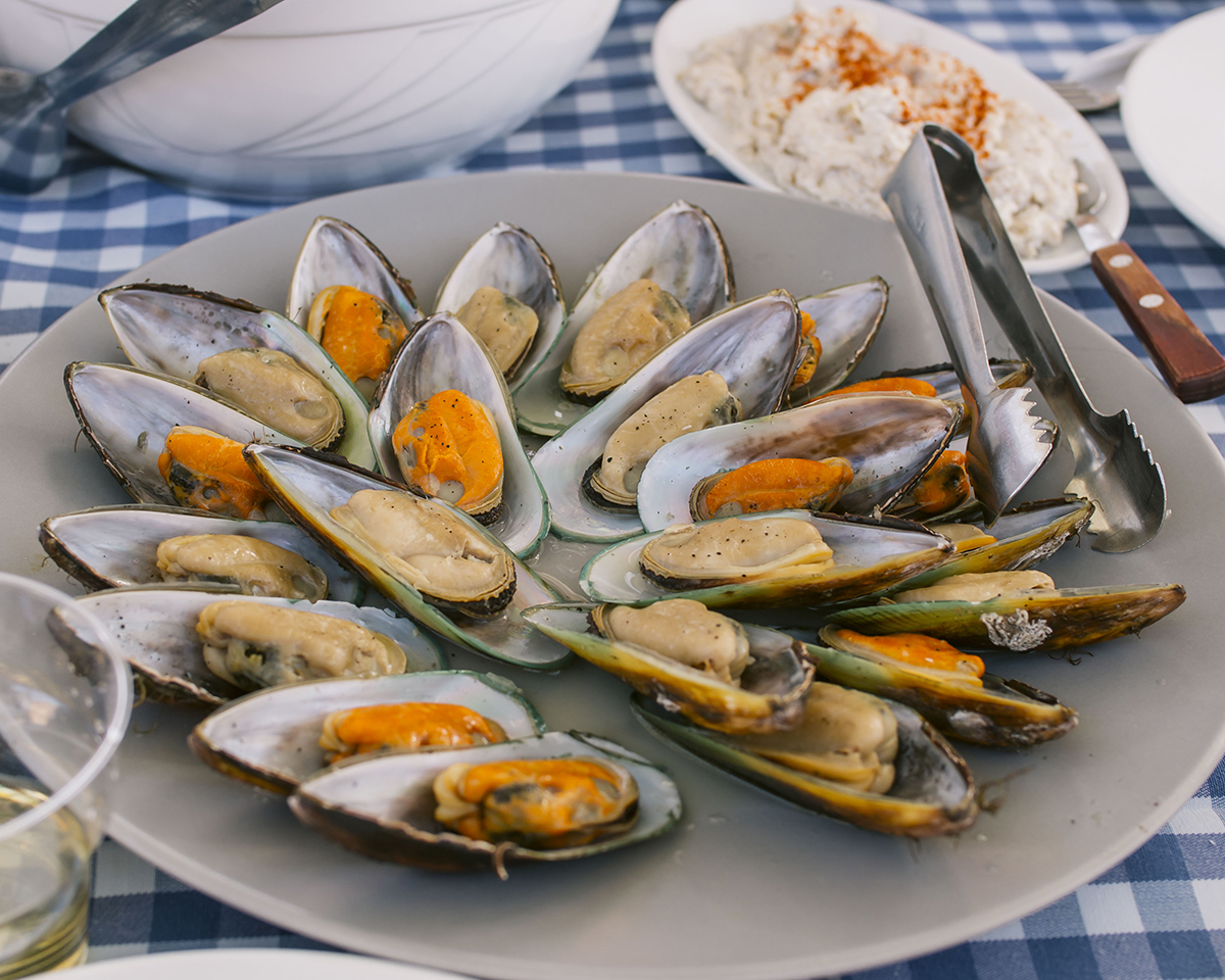 RAD AND HUNGRY: Mussels