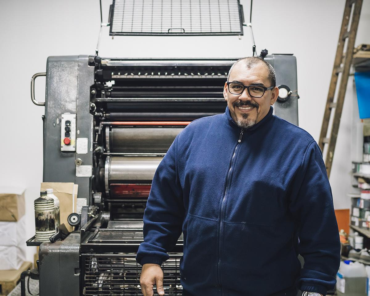 RAD AND HUNGRY: Papelaria Offset Press