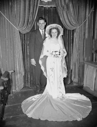 THE HISTORY OF WEDDING PHOTOGRAPHY