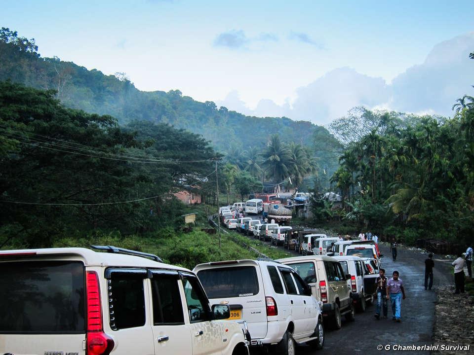 Índia: estrada ilegal de 'safaris humanos' permanece aberta 10 anos depois