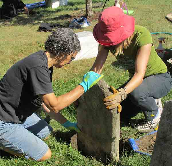 Resetting a headstone