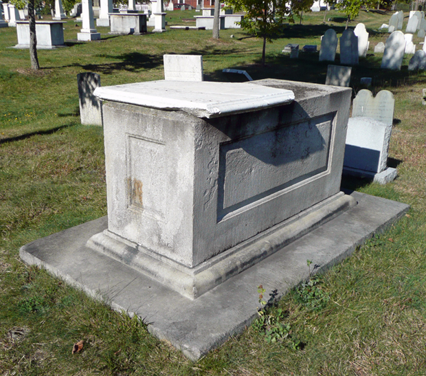 Jewett tomb in the Eastern Cemetery