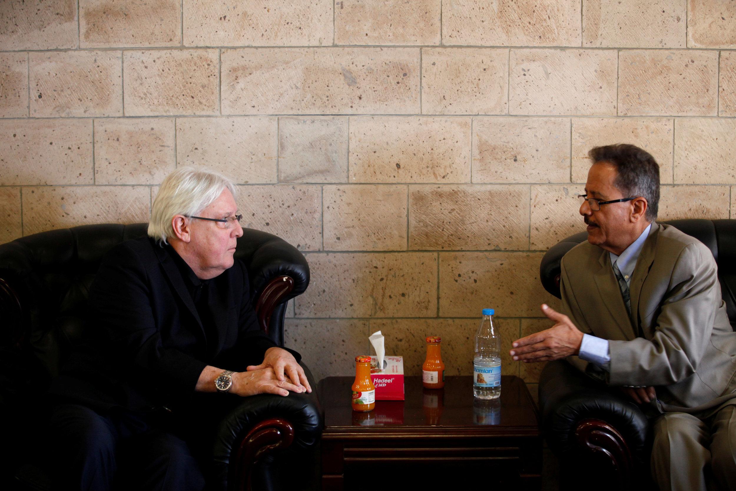 Martin Griffiths, UN Special Envoy to Yemen (left)
