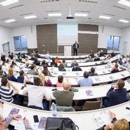 Kari előadás a BProf képzésről (kép)