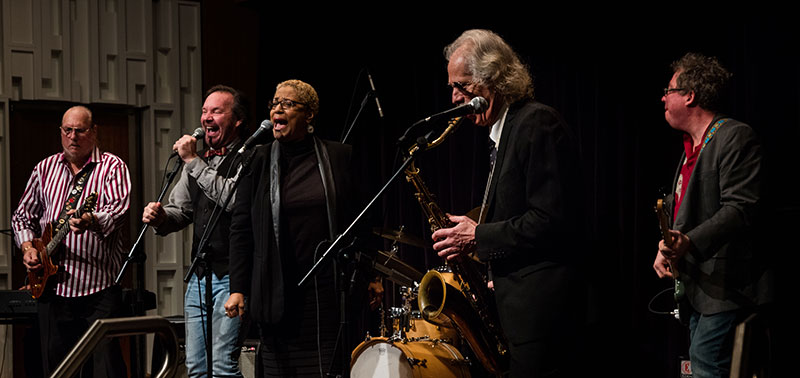 Steve Cropper donation performance. Left to right: Steve Cropper, Jonny Rosch, Vaneese Thomas, Lee Finkelstein (obscured), Lou Marini, James Haggerty, and Rusty Cloud (not pictured)
