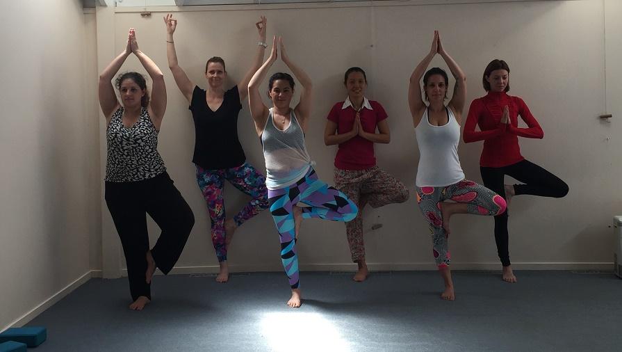 Yoga-teacher-training-wellpark-college