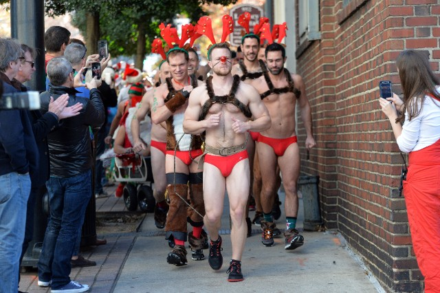 Friends of Atlanta Santa Speedo Run
