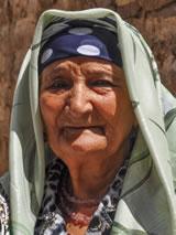Oezbeekse vrouw (foto gemaakt door Harry Jans, tijdens internationale groepsreis botanisten)