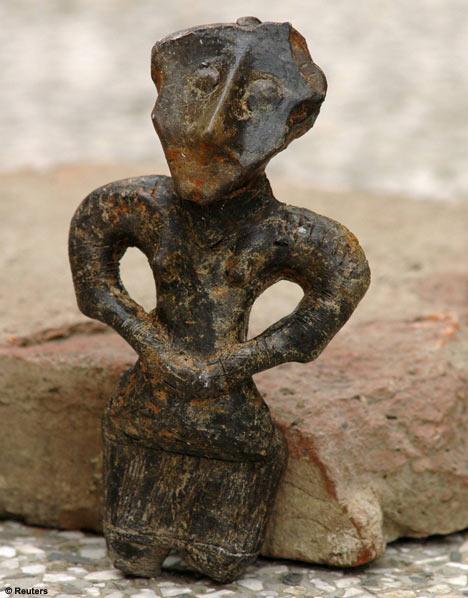 Illyria Vinca Bronze Babe