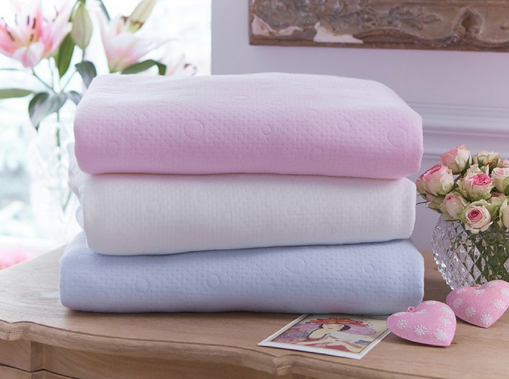 Clair de Lune Cotton Candy Blanket