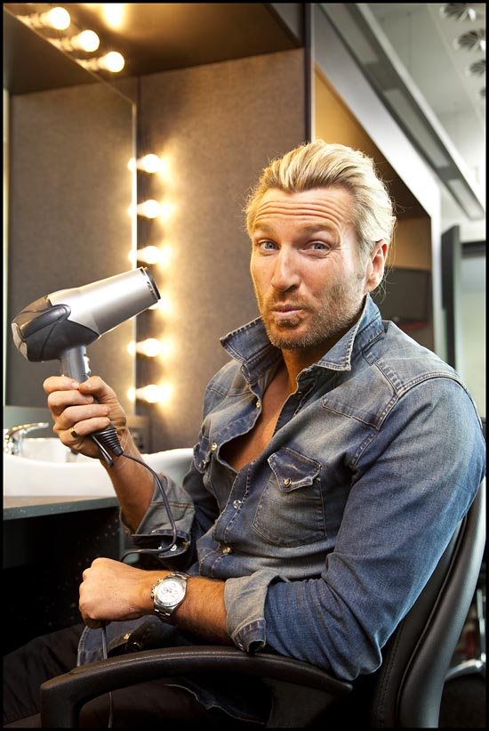 Robbie Savage gets a blow dry
