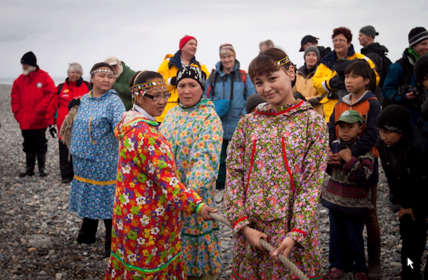 Chukotka - Women in rope pulling event