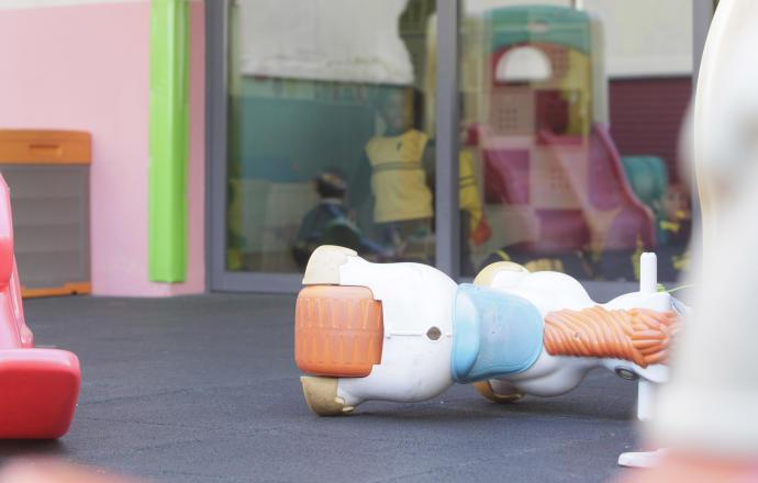 Resultado de imagen de escuela infantil cerrada