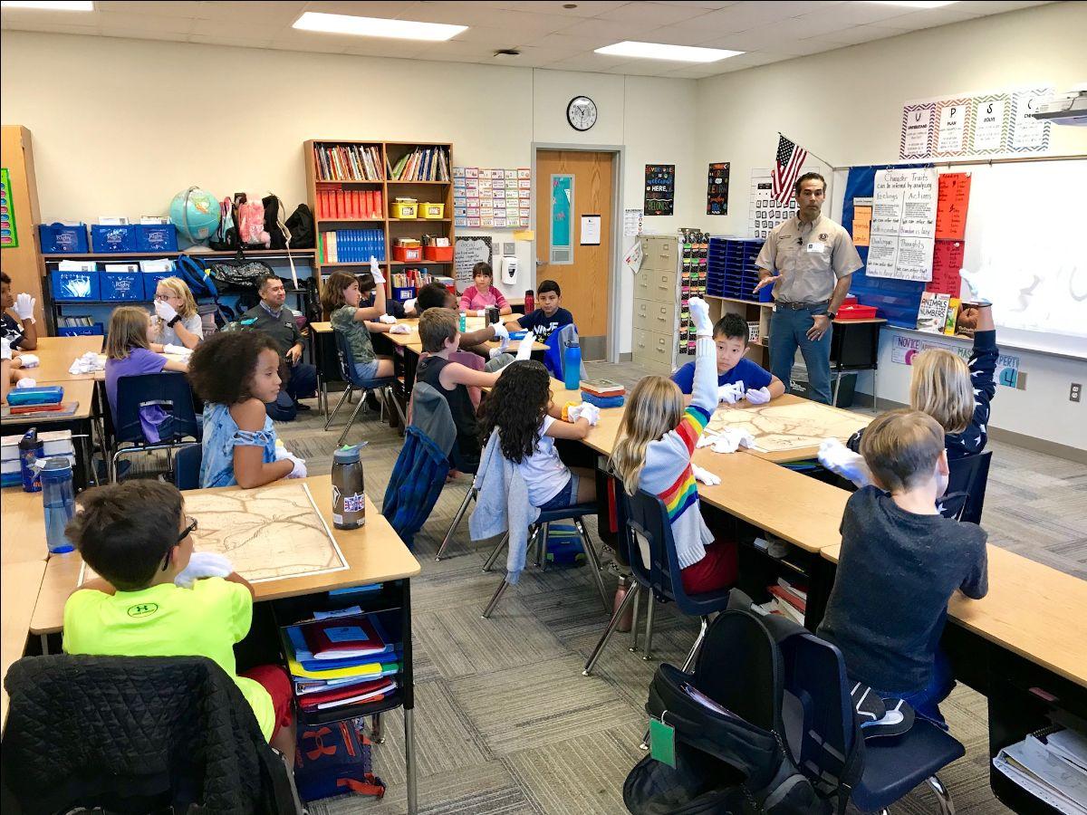 Commissioner teaching schoolchildren 1
