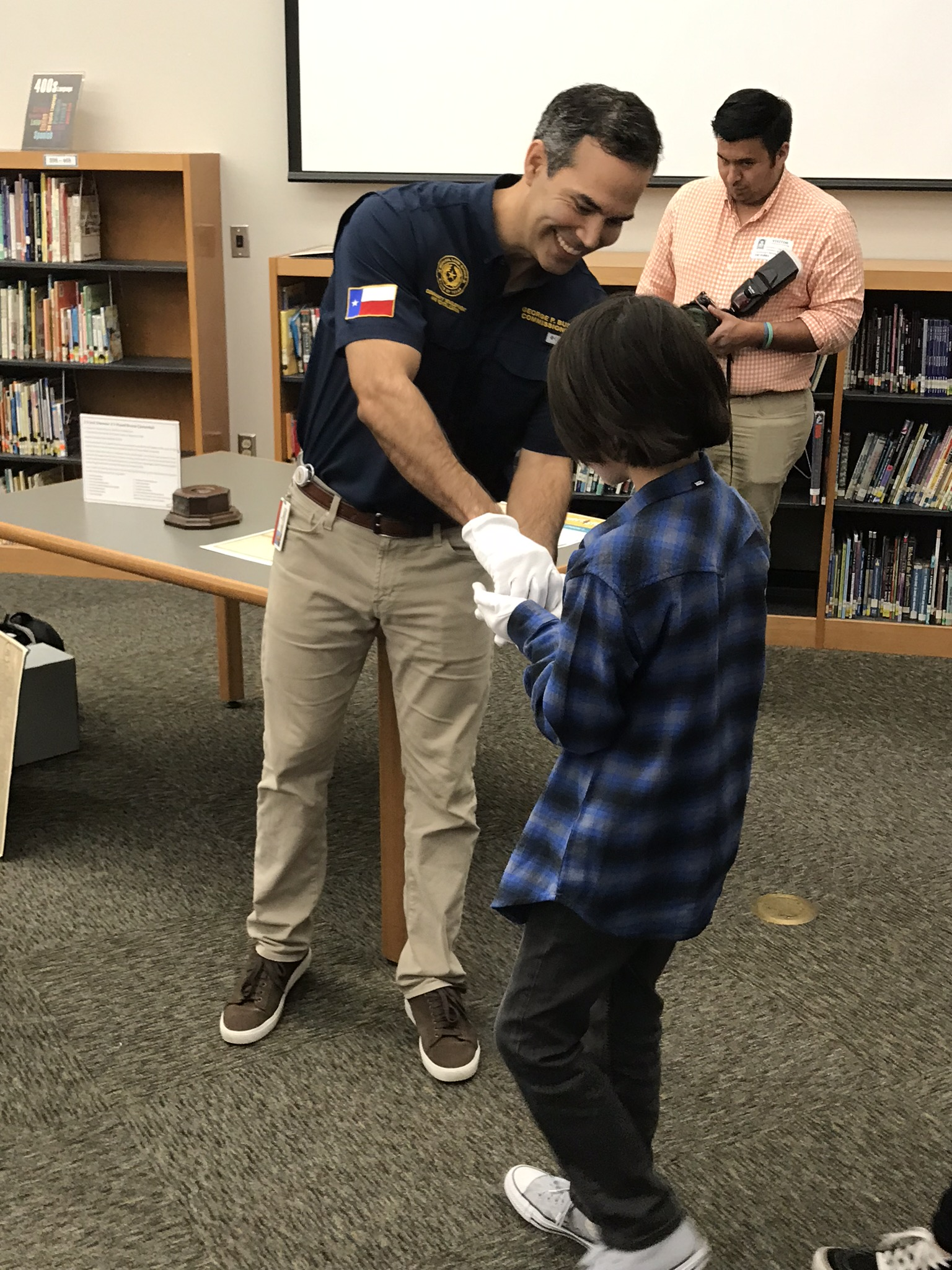 George P Bush teaching school children- 2