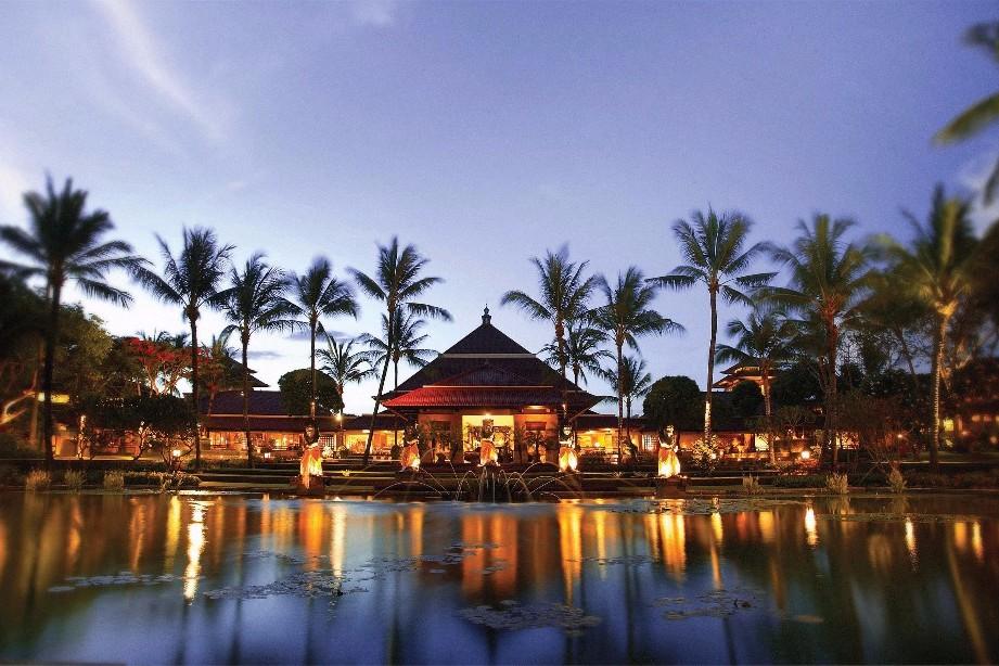 Badeferien in Bali - Luxushotel am Traumstrand - verwöhnen lassen und geniessen - einmalige Ferien in Bali am Strand