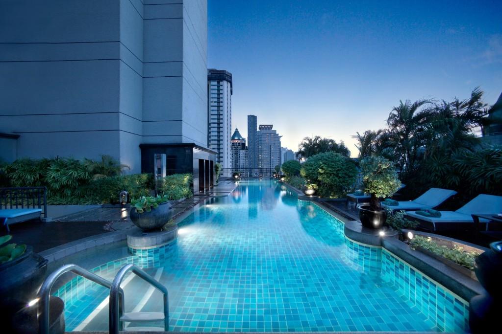 Thailand Bangkok - Shopping in Bangkok verbinden mit Badeferien in Thailand - Banyan Tree Bangkok - Luxushotel mit Pool