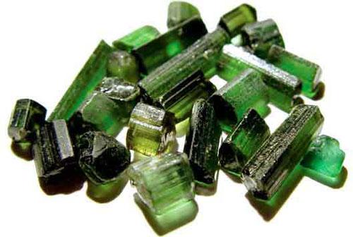 La tourmaline verte est associée au coeur