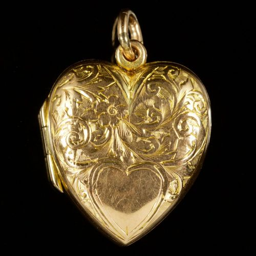 Antique Edwardian Heart Locket in 9ct gold, dated 1904