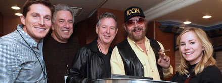 Hank Williams Jr. Signs to NASH ICON