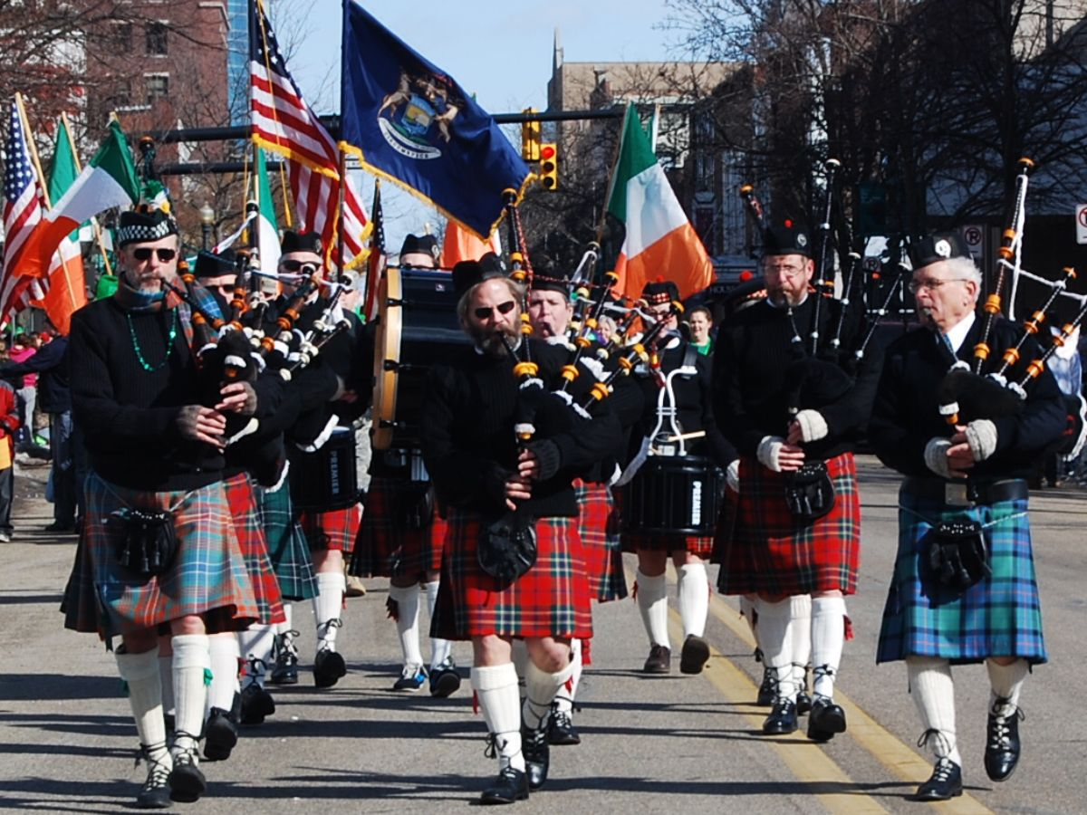 Join us downtown Kalamazoo for the 19th annual St. Patrick's Day parade Saturday, March 16, 2019. Step off at 11am on the Kalamazoo Mall, at Michigan Ave. More details here.