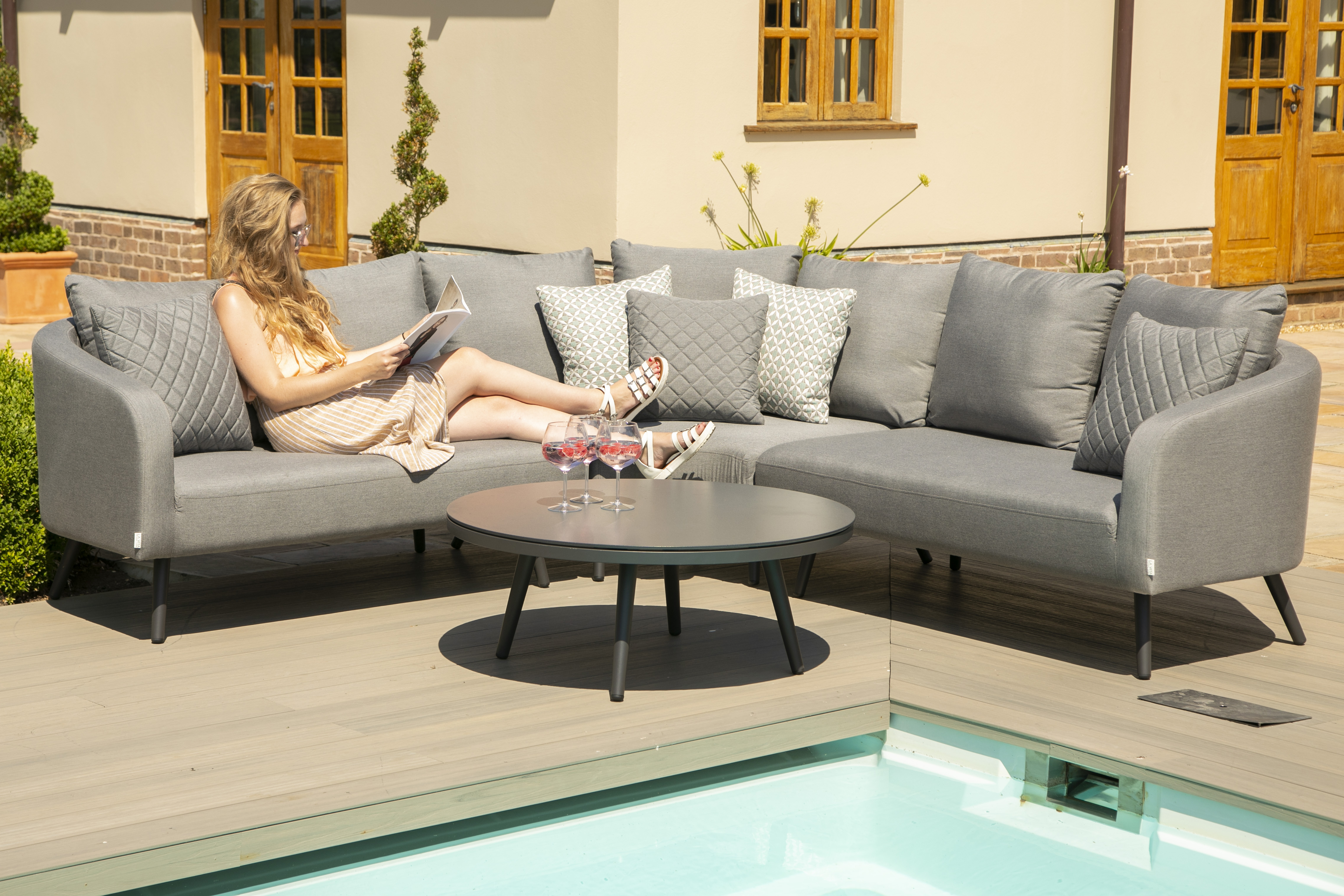 Maze Rattan Sunbrella Fabric Garden Sofa Set