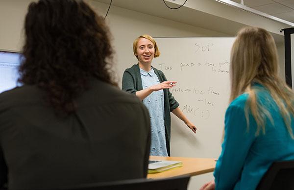 Aimee Tomlinson teaches a class.
