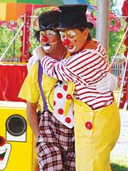 Bidouille et Coquillette font leur cirque