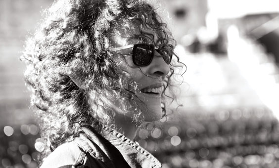 Yehudit Ravitz and  Live Summer Performances