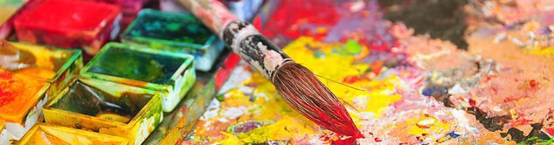 färger och pensel