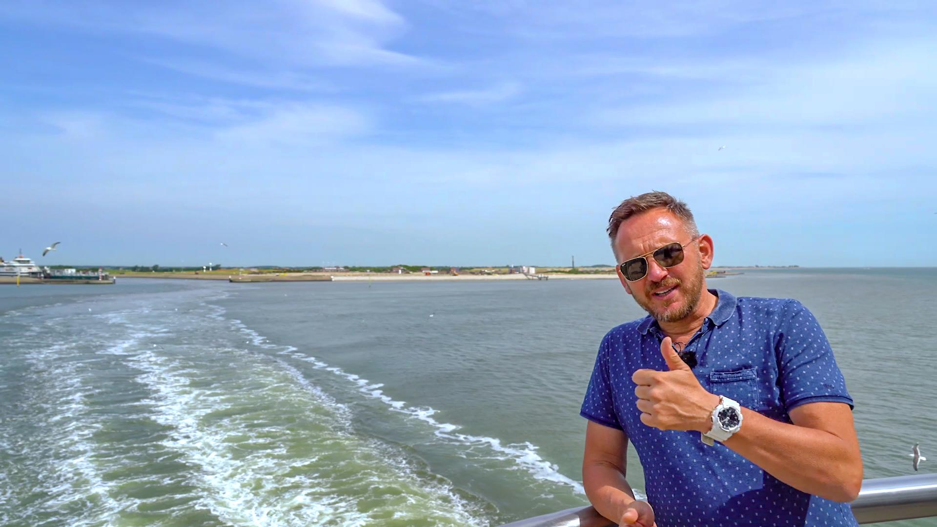 Met een camper op de boot