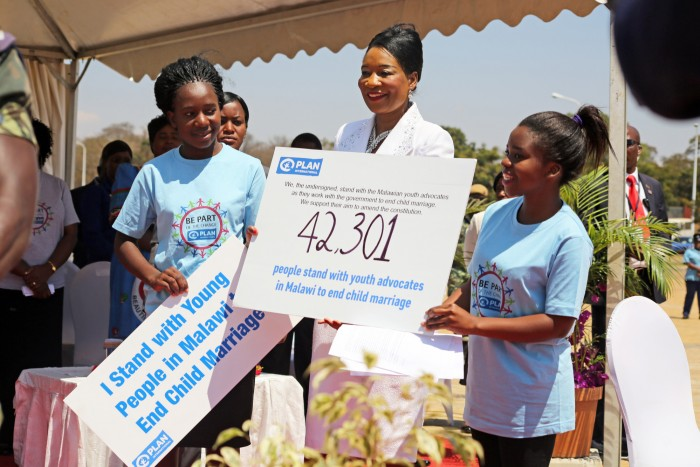 Malawi girls present petition to end child marriage