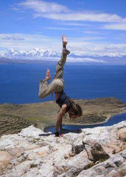 Maxime Gamart, nouveau professeur d'ashtanga yoga au studio TriniYoga
