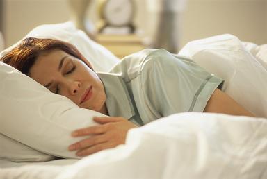 satin pillow case waking hair