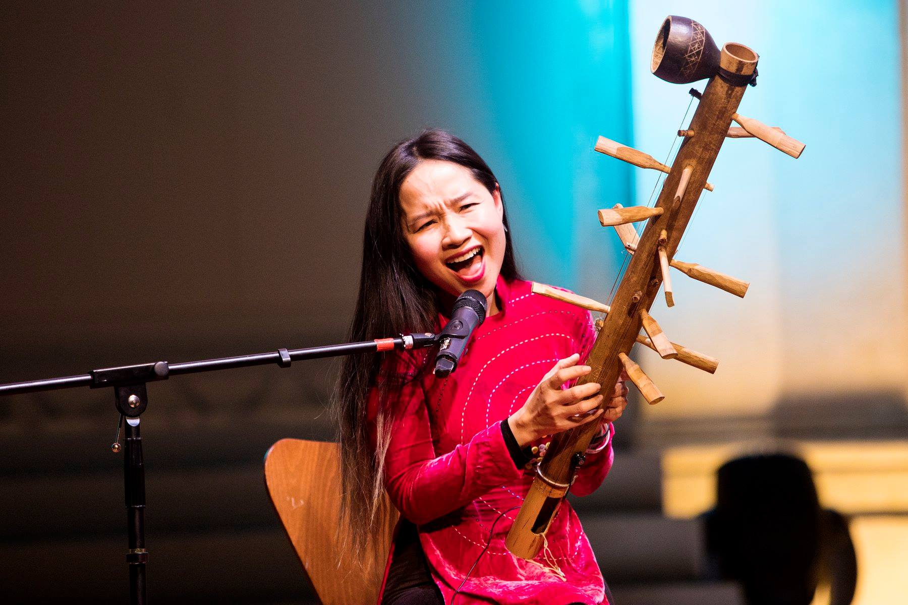 Mai Khoi wins the Havel Prize