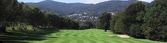Blick über den Golfplatz in Lanzo
