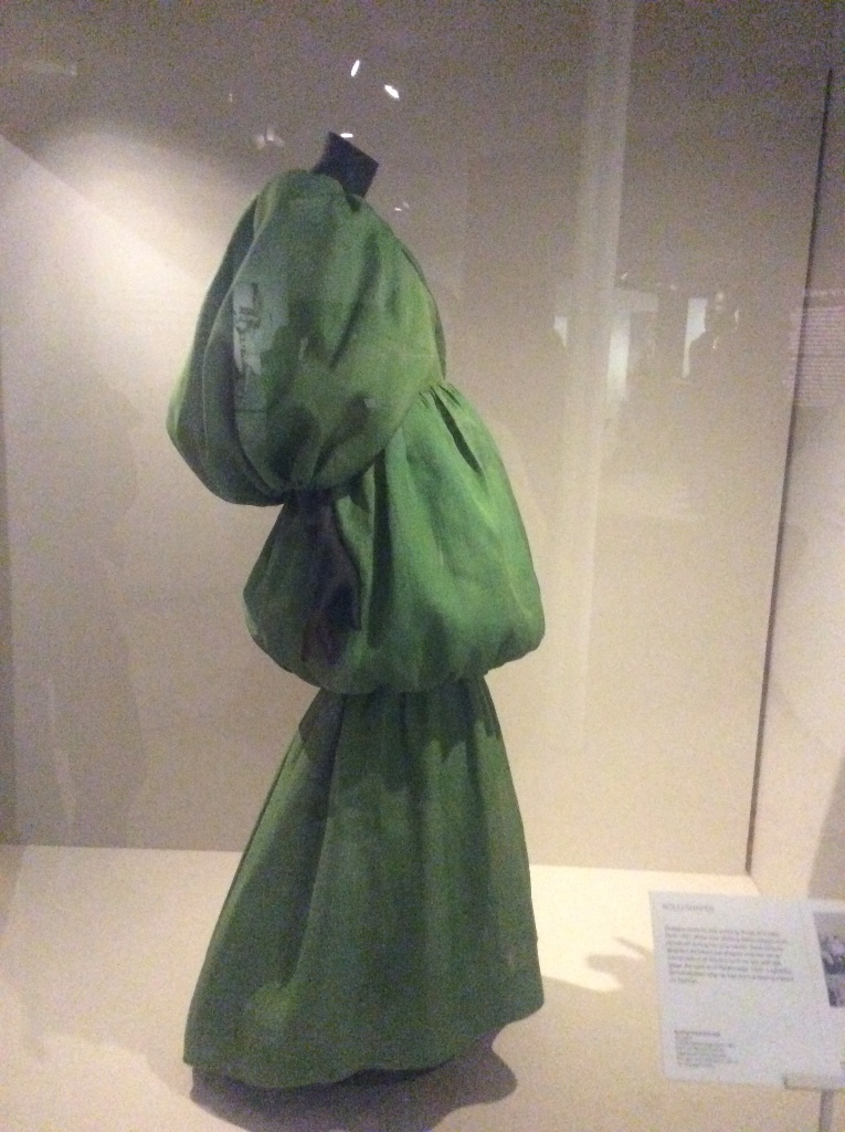 Balenciage at the V&A