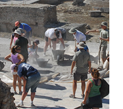 Student researchers in Isthmia