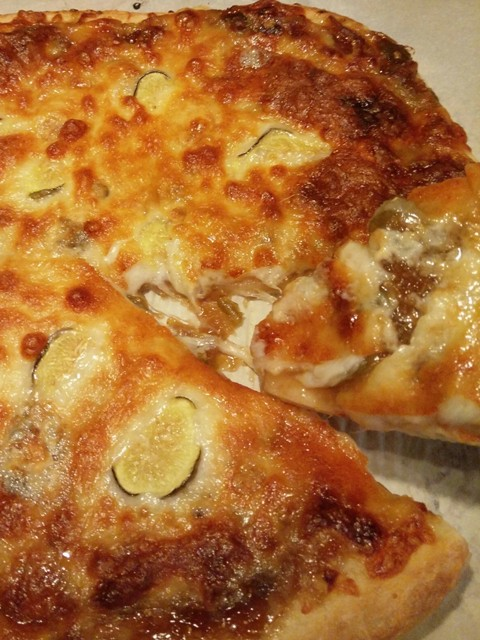 cooked fig pizza