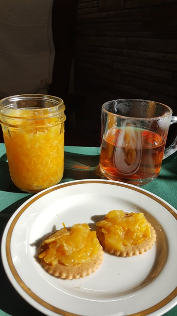 Marmalade on crackers