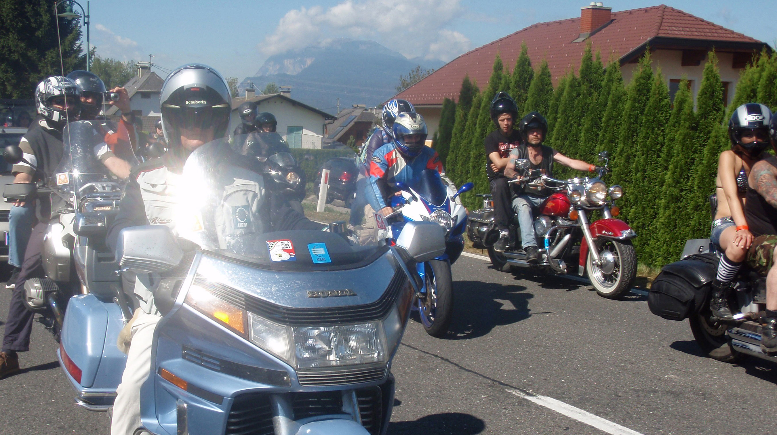 UEM motorcyclists in Faker See.